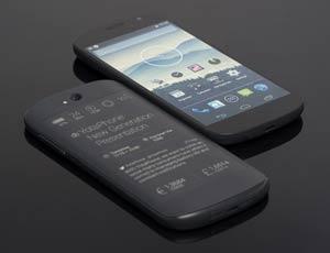 ���������� �������� YotaPhone 2 ��������� �� ��������