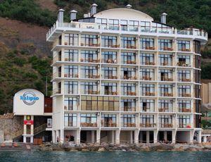 Мистика: алуштинский отель выпал из черного списка «под снос»