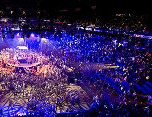 Общественники потребовали ограничить работу иностранных цирков в России / Главное недовольство вызывают успехи Cirque du Soleil