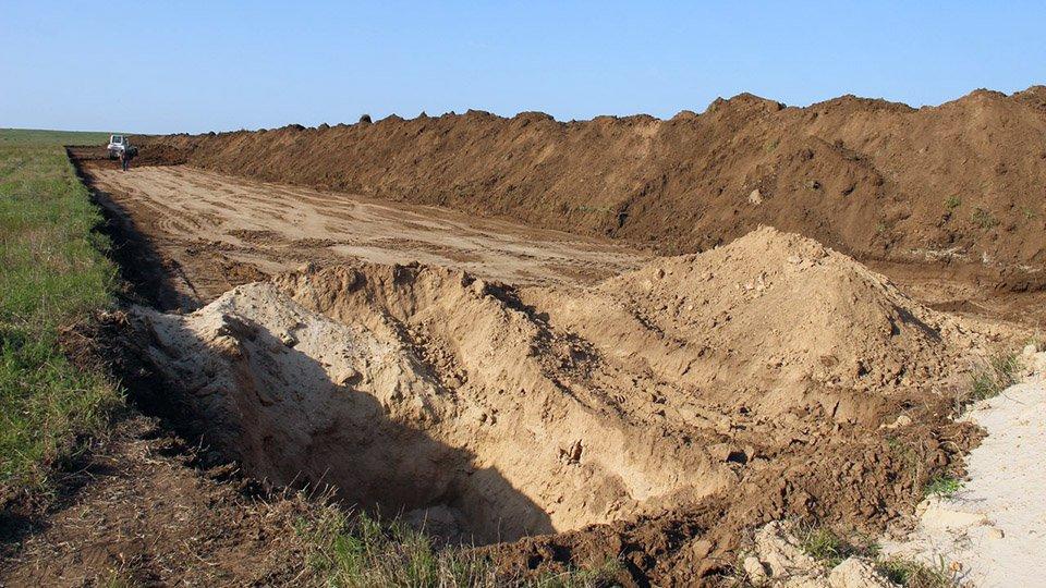Предприниматель, незаконно добывавший песок и глину, заплатит государству больше миллиона рублей
