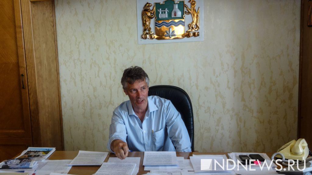 Ройзману нехватит: претенденты поделили подписи свердловских депутатов-самовыдвиженцев