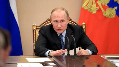 Путин заметил спад рождаемости в России