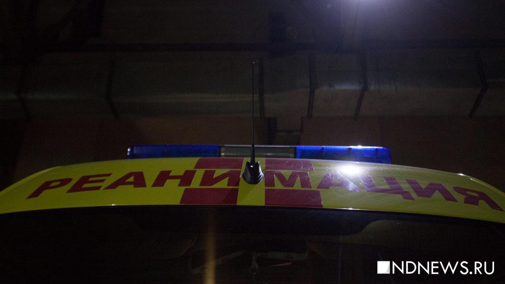 Под Екатеринбургом грузовой поезд насмерть сбил человека