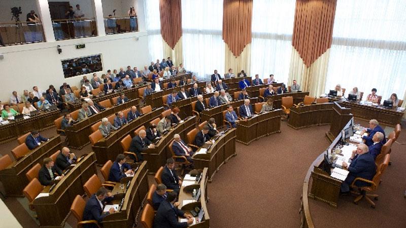 Генпрокуратура начала проверку пофакту удвоения зарплат красноярских депутатов