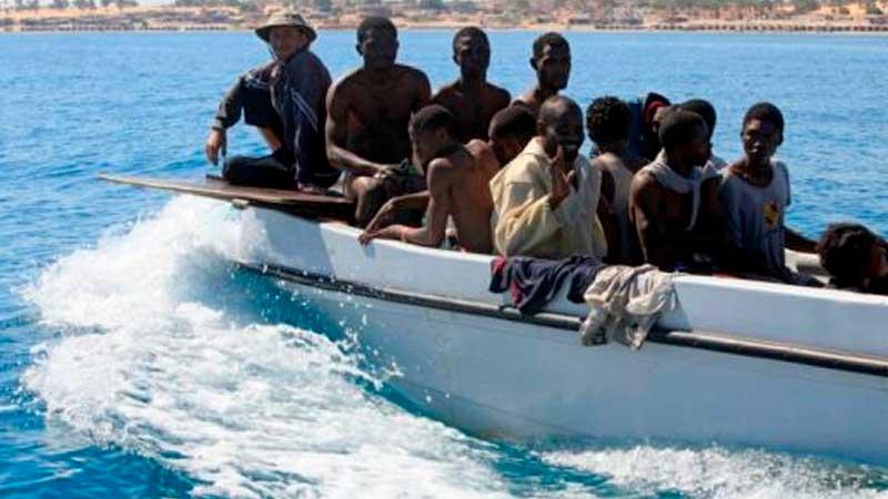 Мигранты устроили переполох на береге вИспании