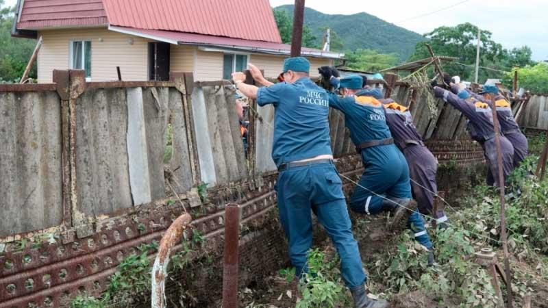 Неменее 650 подтопленных домов вПриморье засутки освободились отводы