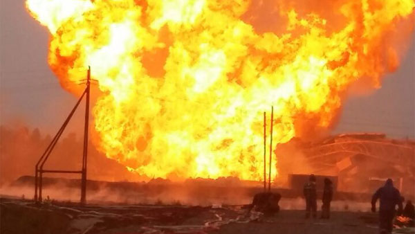 Пожар внижневартовском районе набуровой вышке вплоть доэтого времени неликвидирован