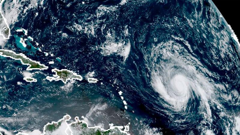 Циклон «Ирма» обвалился наберегу карибского острова Барбуда