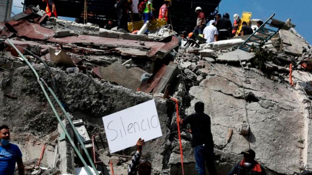 Землетрясение вМексике забрало жизни неменее 200 человек