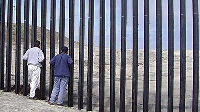 Крымчане строят забор уграниц Украинского государства