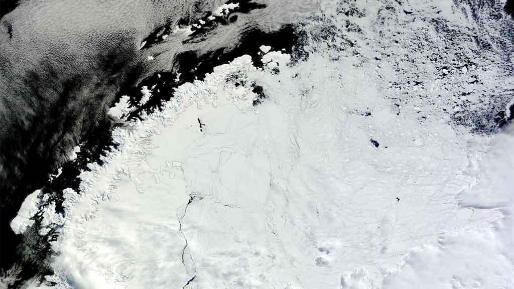 Ученые заявили о новых температурных рекордах в Антарктиде