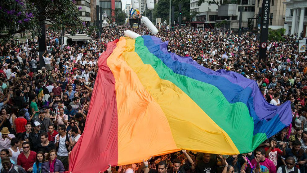 Шесть городов оккупированного Крыма могут принять двухчасовые гей-парады