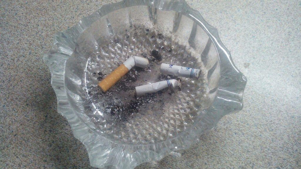 За5 лет число курильщиков в РФ уменьшилось натреть
