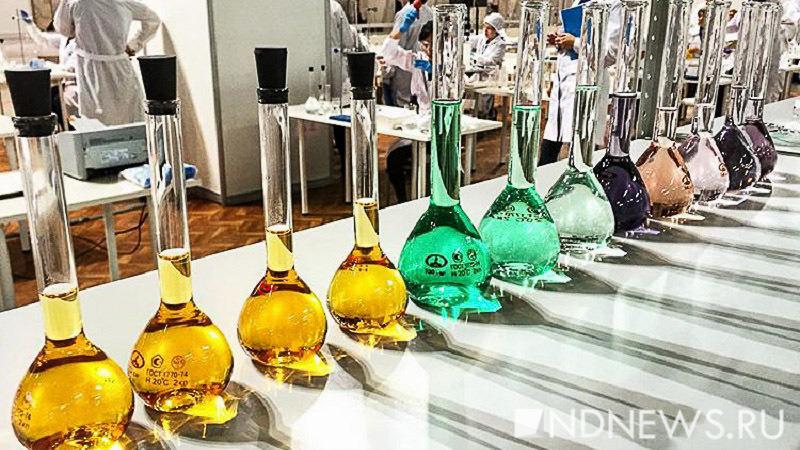 Ученые узнали, что расписная стеклянная посуда опасна для здоровья