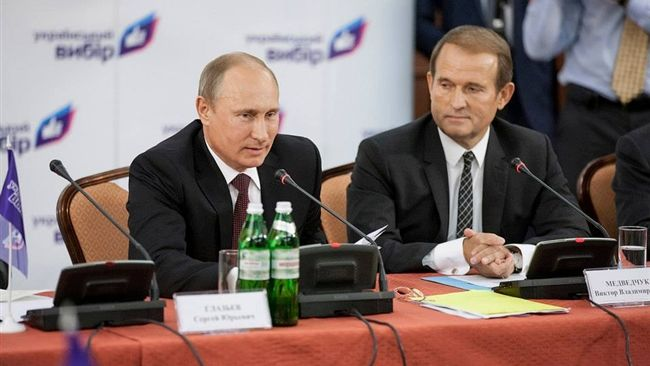 Отвлечь от Савченко: Порошенко собрался арестовать кума Путина