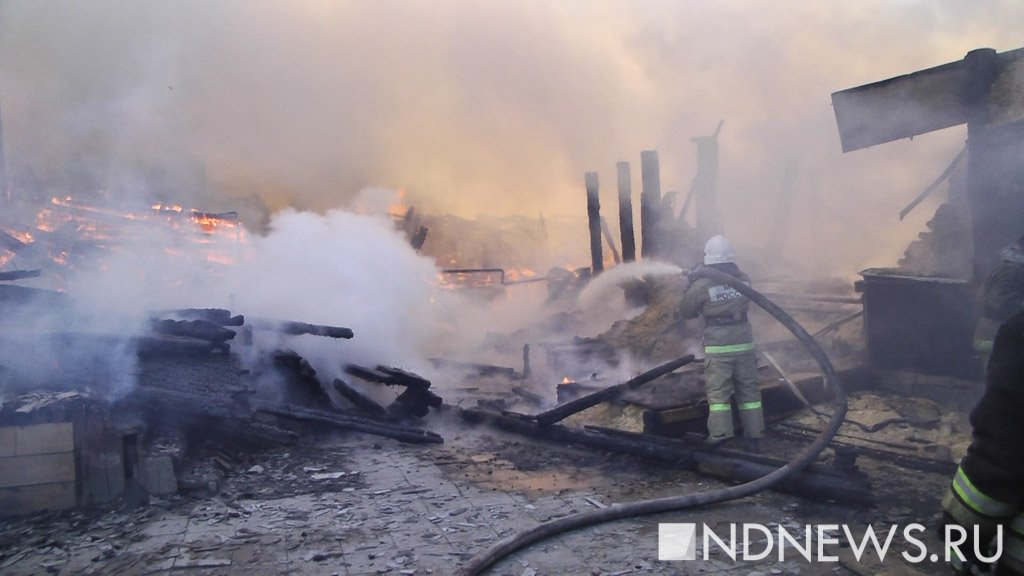 Ночью из-за пожара вдоме наулице Первомайской было эвакуировано 30 человек
