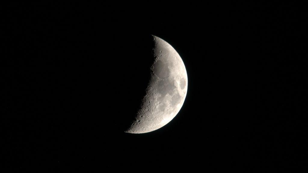 NASA намерена начать бурение на Луне и астероидах