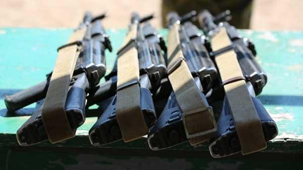Гражданин  Петербурга открыл огонь изавтомата Калашникова уотдела милиции