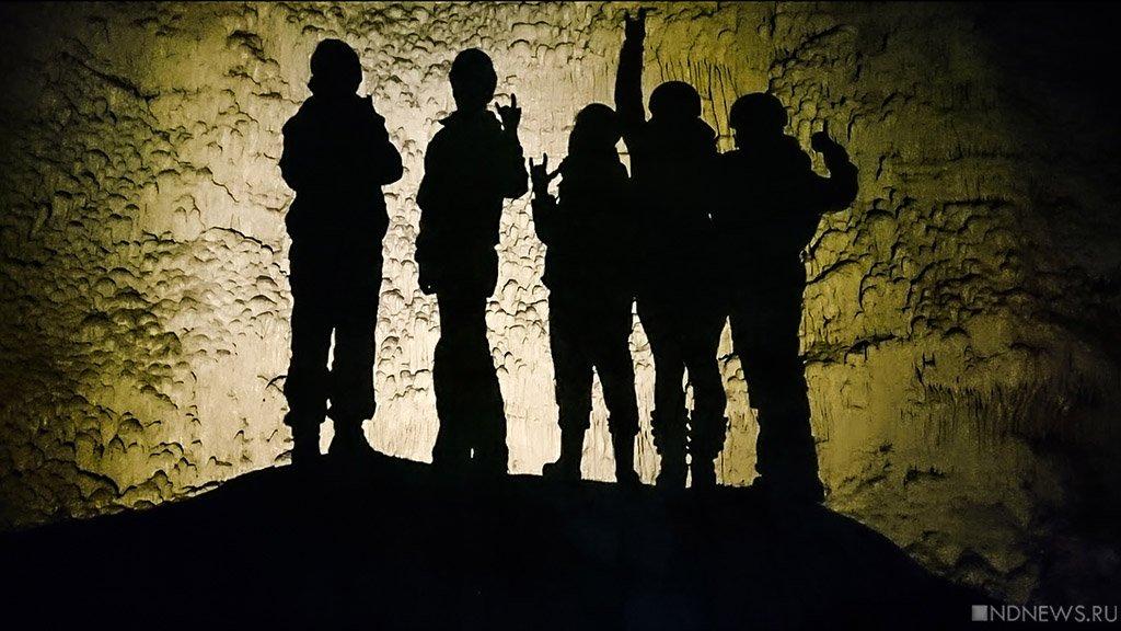 Жителям Донбасса разрешили гулять по ночам – ненадолго