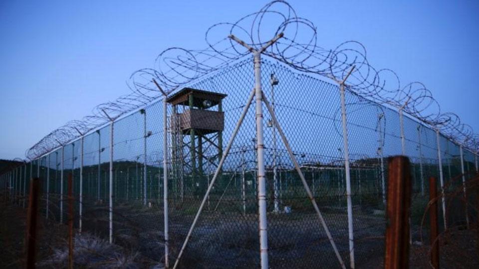 Обама ушел вместе с обещаниями: тюрьма Гуантанамо на Кубе продолжит работу