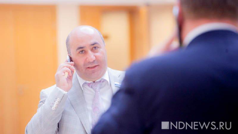 Генпрокуратура потребовала отнять мандата свердловского депутата, пойманного нетрезвым зарулем
