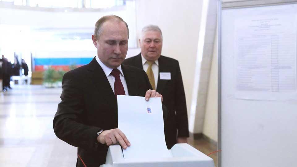 Грудинин иЯвлинский отдали голоса навыборах президента