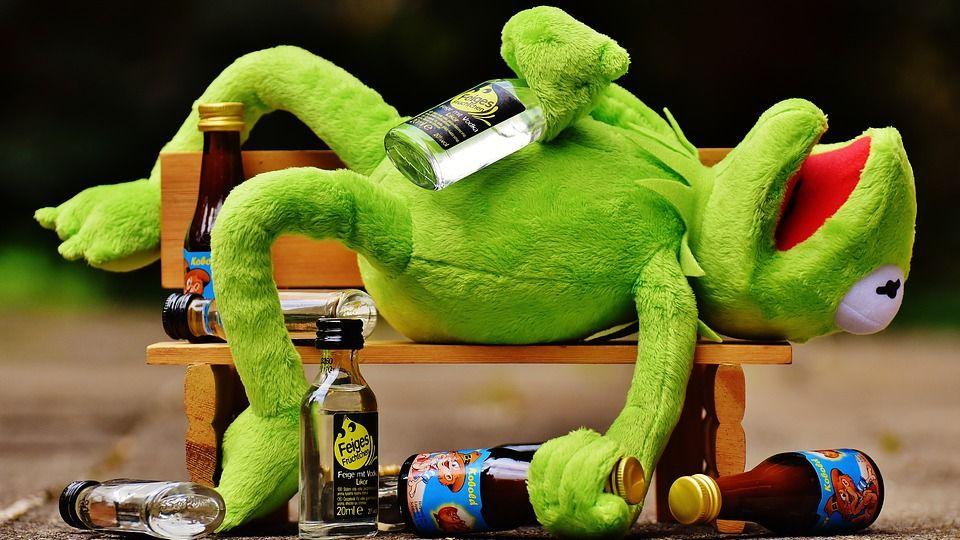 В Югре пьяный адвокат обматерил полицейского
