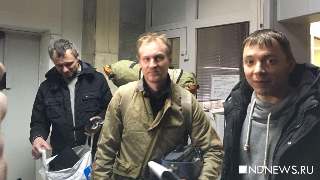 Слезших с башни руферов отпустили из полиции (ВИДЕО, ФОТО)