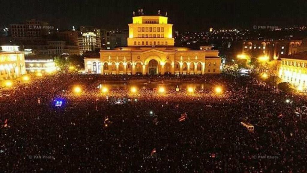 ВЕреване возобновились протесты
