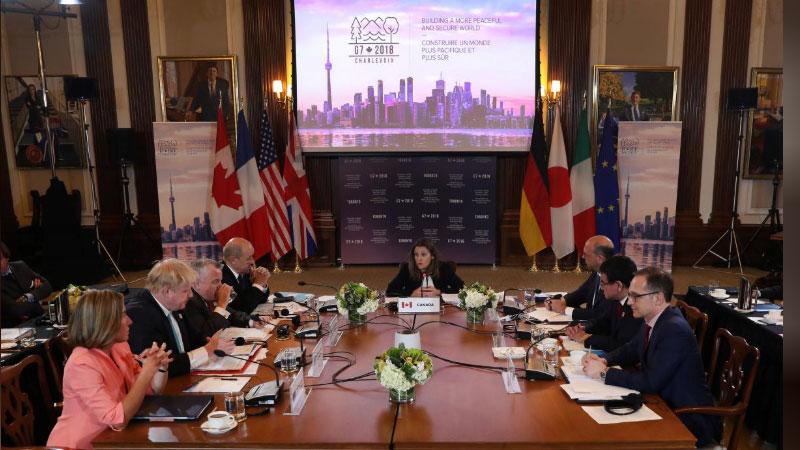 Украина наказала австрийского политика завизит вКрым