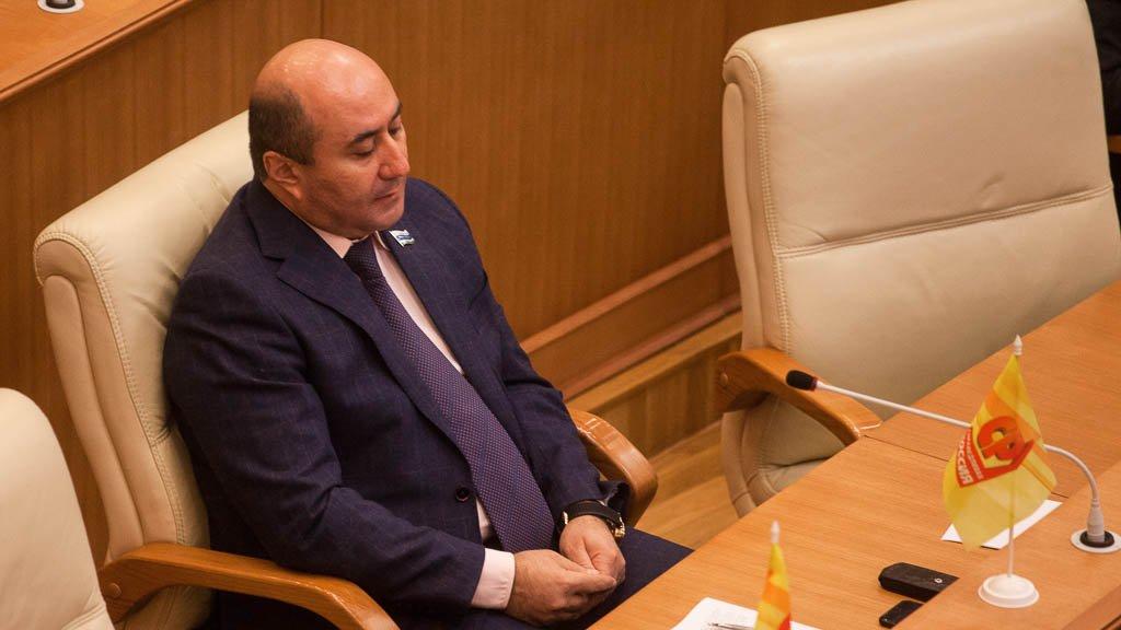 Судьбу свердловского депутата Карапетяна решит суд Сегодня в15:50