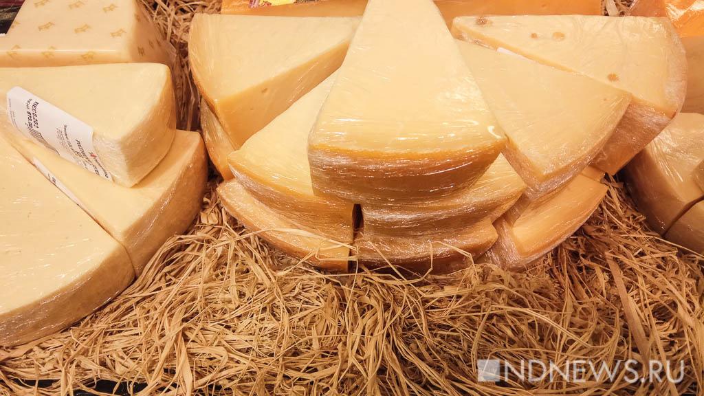 Роспотребнадзор бьет тревогу: во Франции изымают смертельно опасный сыр