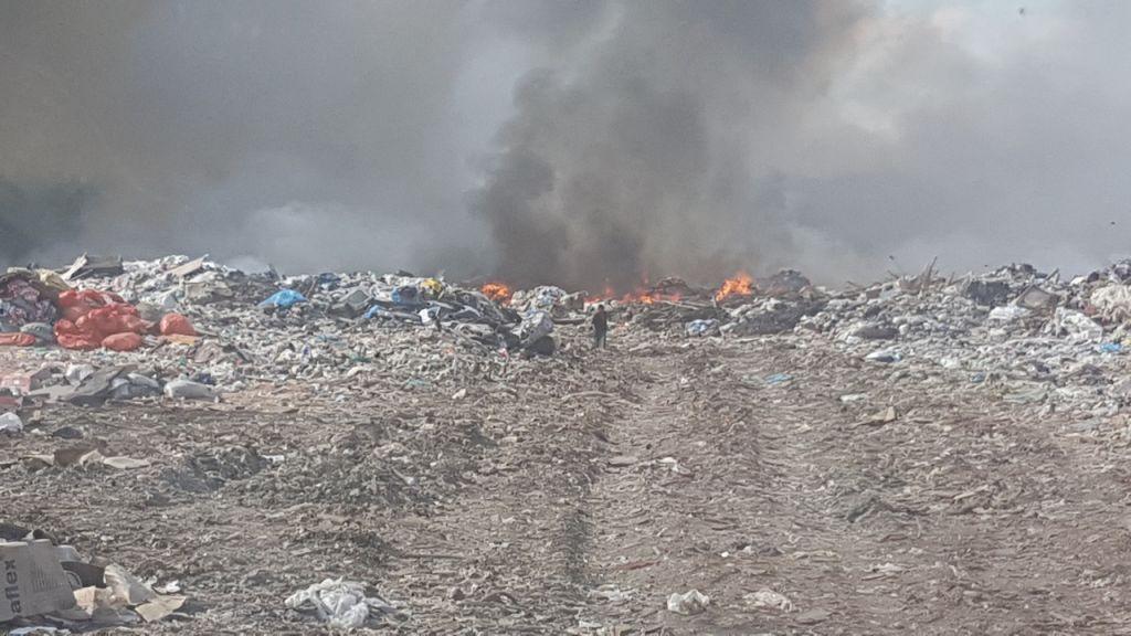 ВТобольске ликвидирован пожар наполигоне ТБО, всё под контролем