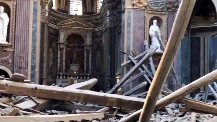 В Риме древние достопримечательности рушатся на глазах у туристов
