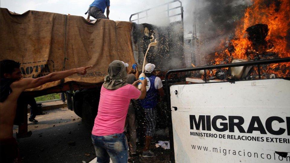 ВКолумбии поведали орешении закрыть границу сВенесуэлой / Радиостанция