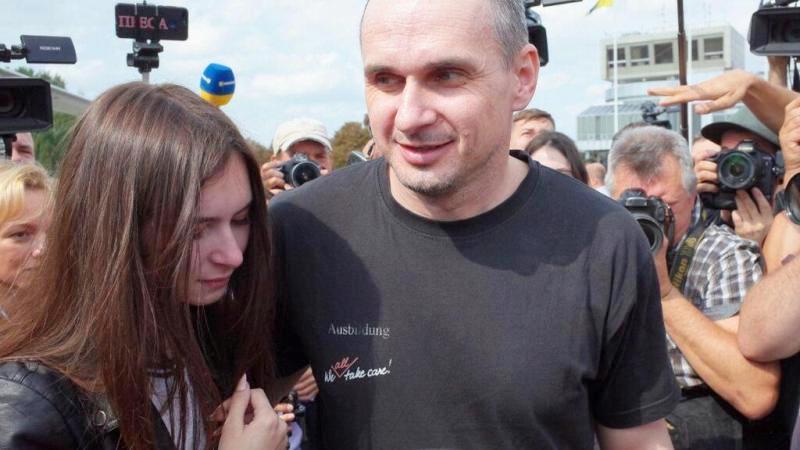 Раздобревший Сенцов снова грозит Крыму