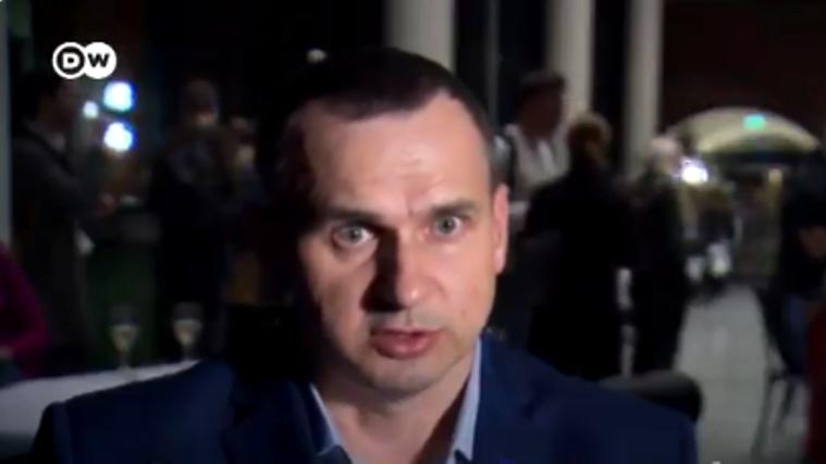 Сенцов вывез сына из Крыма вопреки сопротивлению экс-супруги