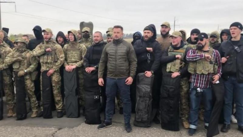 Украинские неонацисты отказались мириться с «хамом» Зеленским