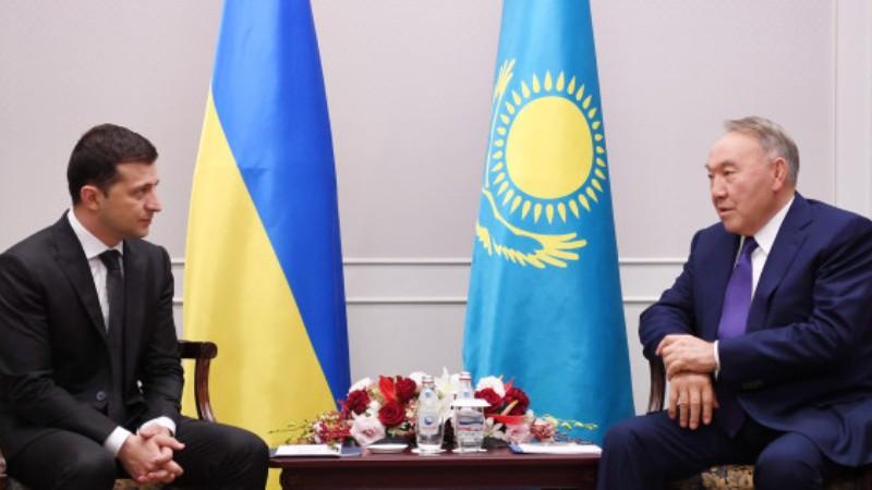 Киев выставил Назарбаева «неконкретным» человеком