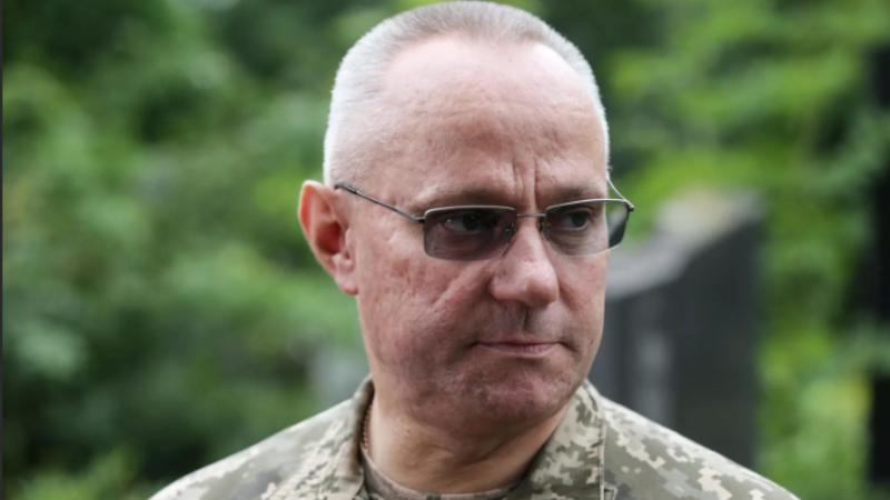 Глава украинского генштаба намекнул на угрозы, пострашнее «российской агрессии»
