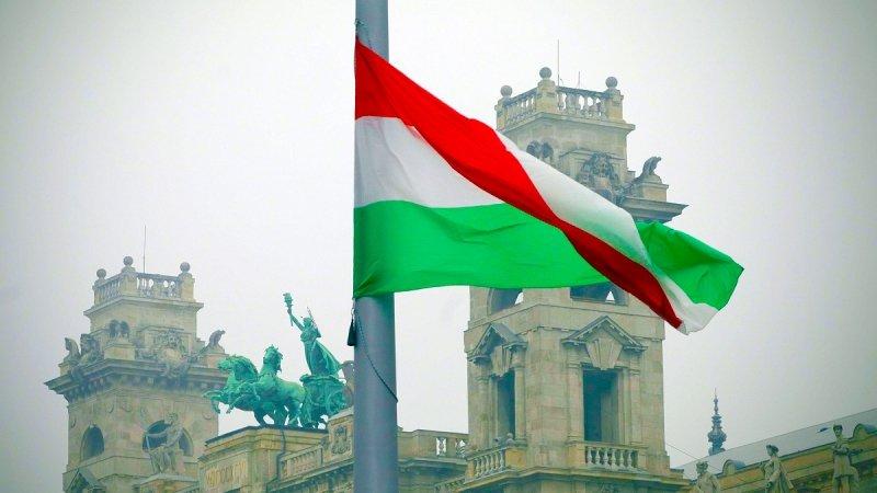 Будапешт предложил Москве вместе закошмарить киевский режим