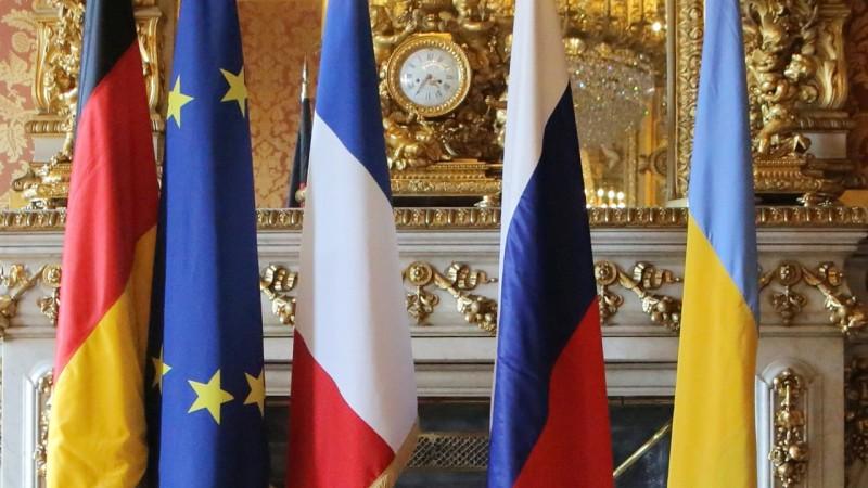 Путин и Зеленский пообщались отдельно с Меркель и Макроном