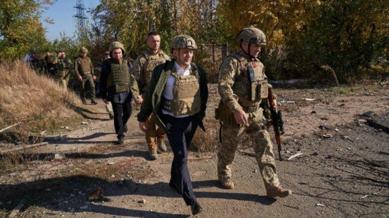Зеленский отозвал скандальный закон о децентрализации