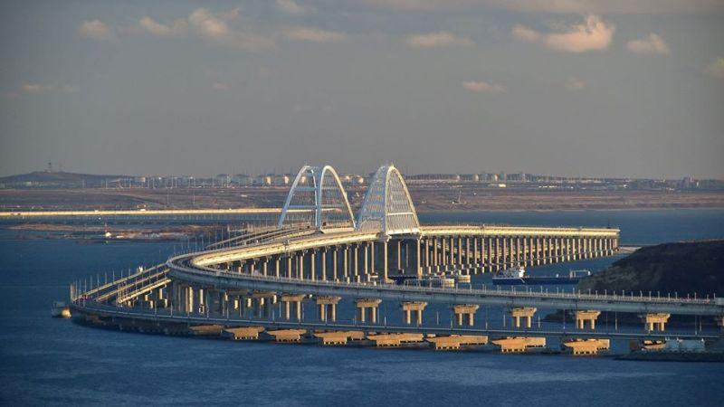 Путин назвал дату открытия регулярного грузового ж/д сообщения по Крымскому мосту
