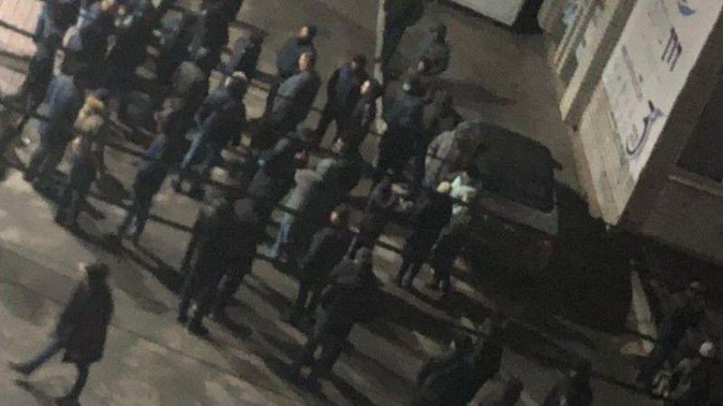 «Набросились с палками и ножами» – на Украине избитые евреи организовали группу самообороны
