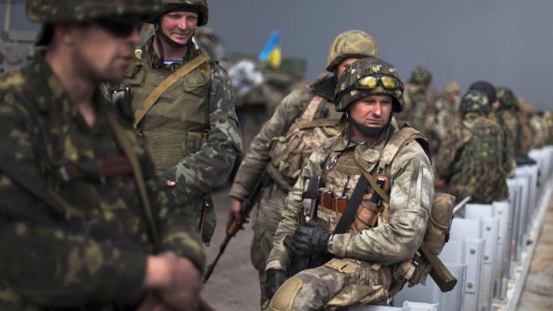 Украинских военных в Донбассе готовят к мятежу против командования