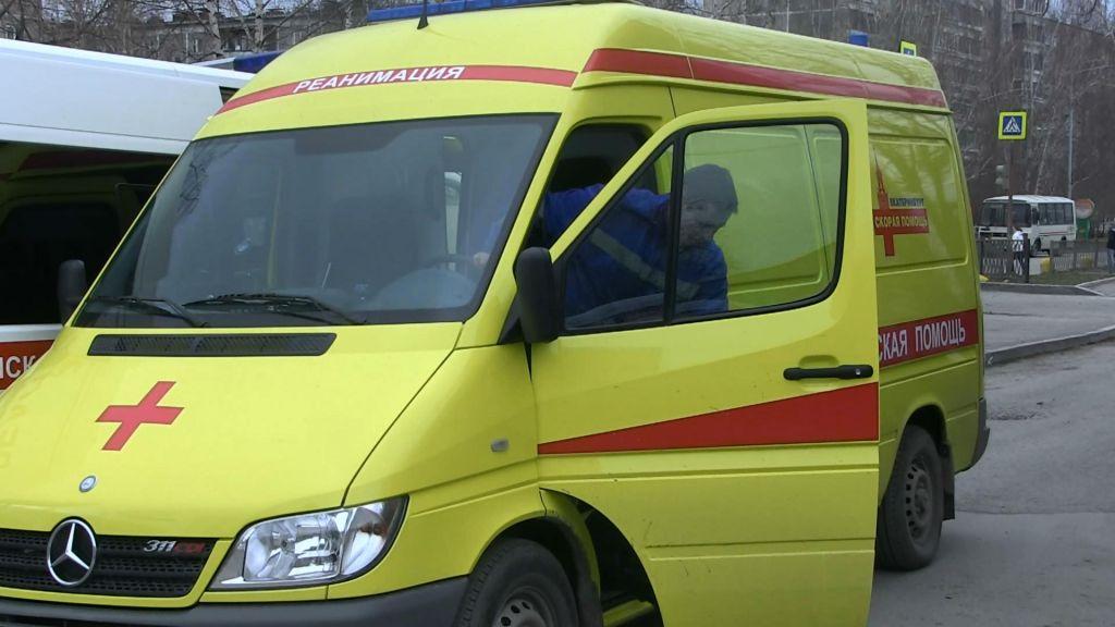 ВЕкатеринбурге мужчина ранил ножом медика «скорой»