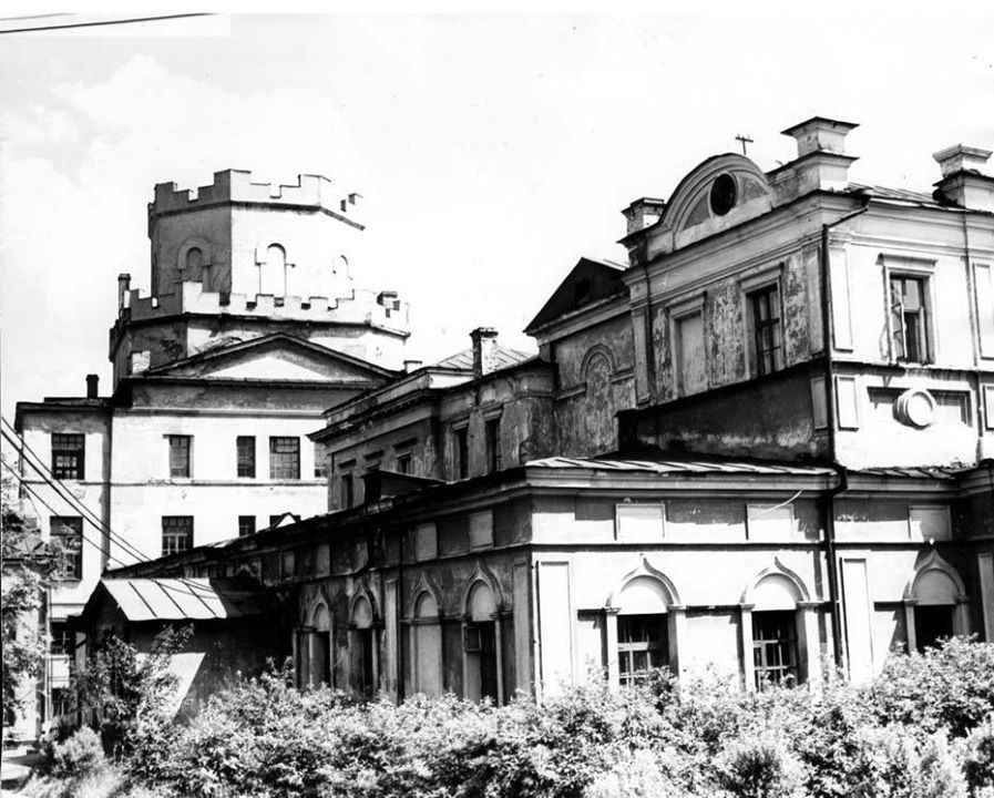 Вканун Пасхи вЕкатеринбурге снесли Успенскую церковь XVIII века