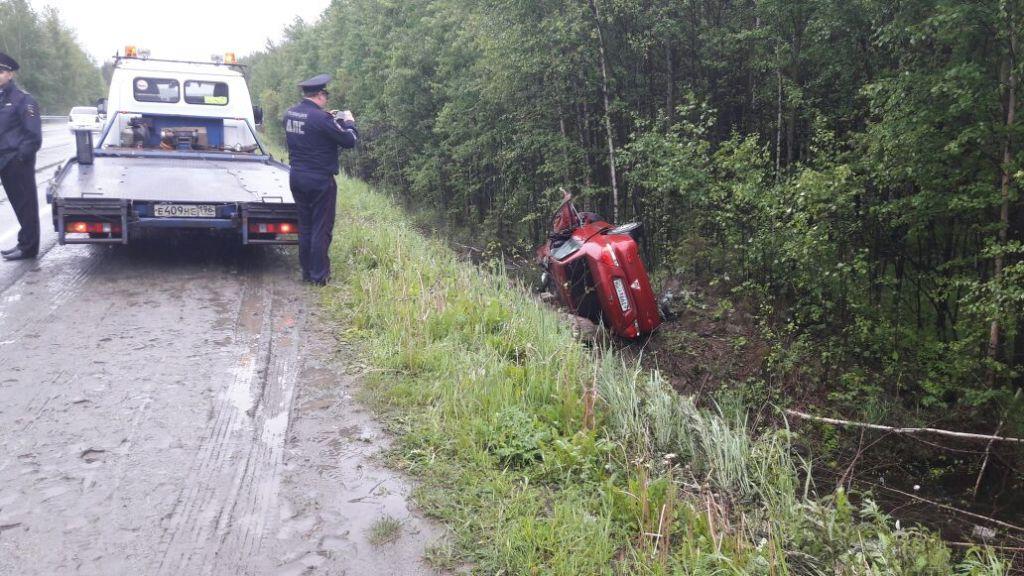 ВДТП наСеровском тракте погибла пассажирка Митсубиши  Lancer