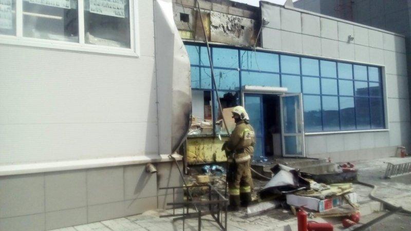 ВКаменск-Уральском из-за пожара нарынке эвакуировано 120 человек